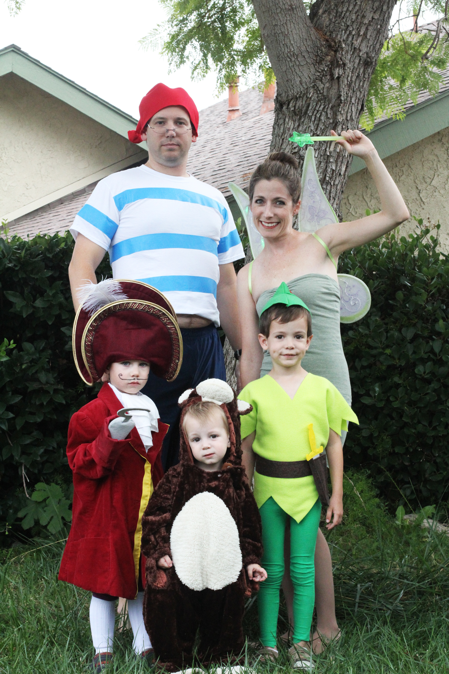 Img8097acg last halloween my almost four year old said he wanted to be captain hook since weve been trying to do themed costumes for the family i jumped on this solutioingenieria Image collections